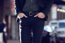 03 a total black look with a printed grey shirt can be worn to an interview