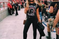 04 black jeans, a printed tee, a choker, black leather boots