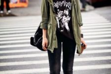 05 black jeans, a printed tee, an olive green jacket and red platform boots
