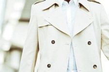 06 a gorgeous look with blakc pants, a white shirt and a cream trench coat