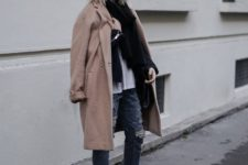06 ripped jeans, white sneakers, a neutral top and a black scarf, a camel coat and a camel hat