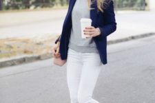 06 white skinnies, a grey top, a navy blazer and leopard print flats