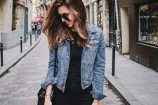 08 black jeans, a black t-shirt, a blue cropped denim jacket and a black bag