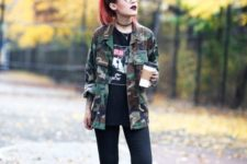 08 black skinnies, a printed tee, an army-style jacket and red shoes