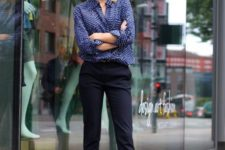 13 navy cropped pants, pink flats, a blue and white polka dot blouse