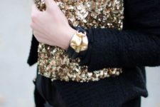 15 a sequin clutch is a perfect choice for parties of any kind