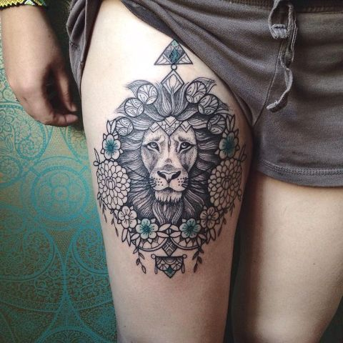 b1f8e1531b674 21 Awesome Lion Tattoo Ideas For Women - Styleoholic