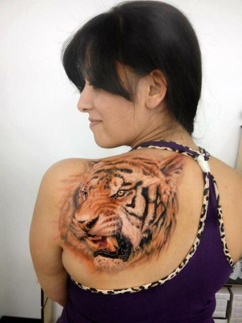 Gorgeous tattoo on the shoulder