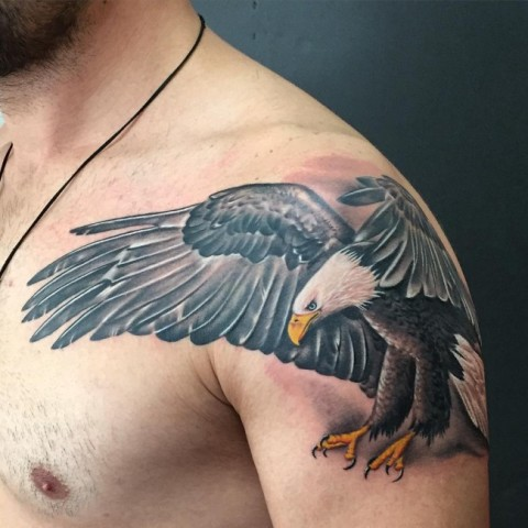 Realistic tattoo on the shoulder