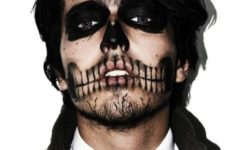 02 gorgeous skull makeup and a costume with a tie looks wow