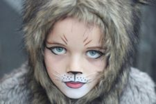 03 cute wolf makeup for a little girl and some faux fur to rock
