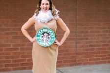 04 a cool Starbucks coffee look made with a neutral dress and a cardboard belt