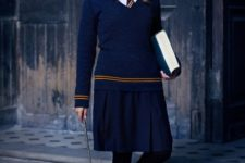 08 Hermione Granger look with a navy skirt, a white shirt with a tie, a navy sweater, flat shoes