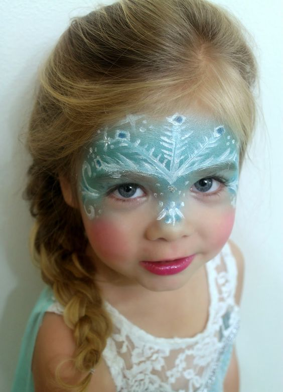 Disney Frozen Elsa's costume and makeup for a little princess