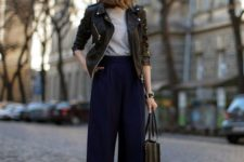 15 navy culottes, a grey tee, a black leather jacket and leopard print shoes for a trendy outfit