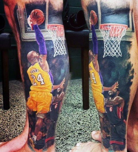 Amazing realistic tattoo on the leg