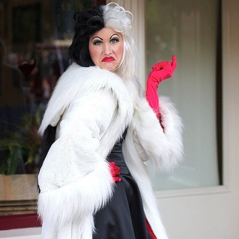 Cruella de Vil outfit with black and white wig