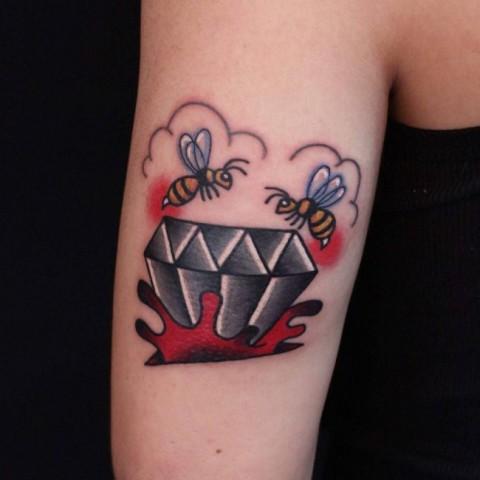 Diamond and honey bees tattoo