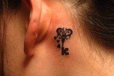 Excellent tattoo behind the ear