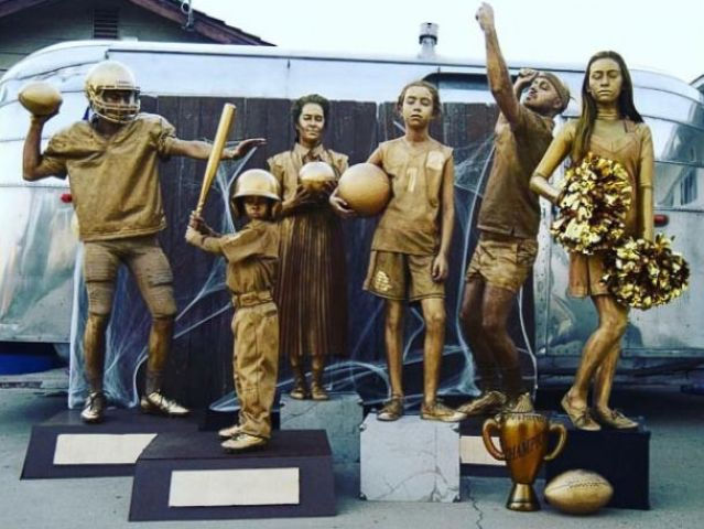 bronze statue costumes for the whole family  sc 1 st  Styleoholic & 20 Family Halloween Costumes Ideas - Styleoholic