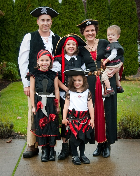 Pirate costumes for the whole family