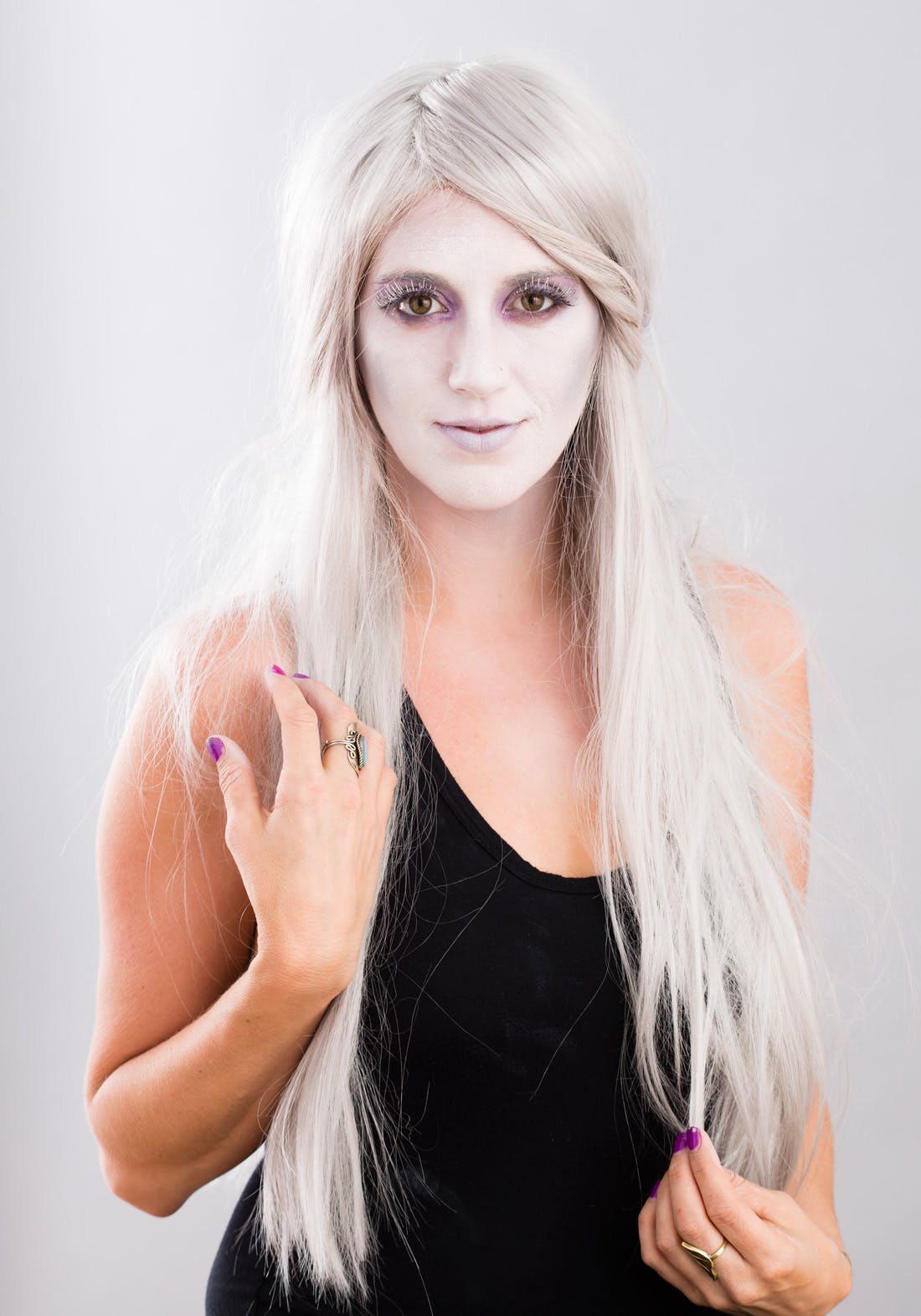 DIY Halloween ghost makeup