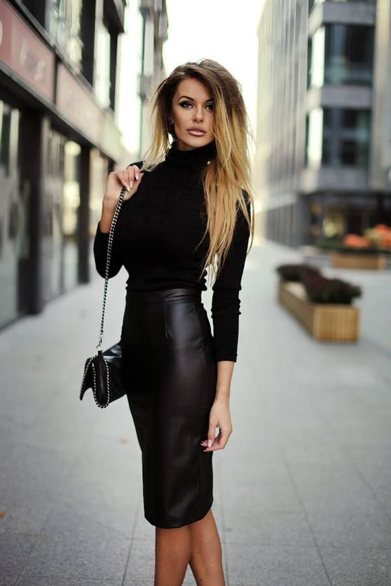 a black pencil skirt, a black turtleneck and a black bag for a sexy look