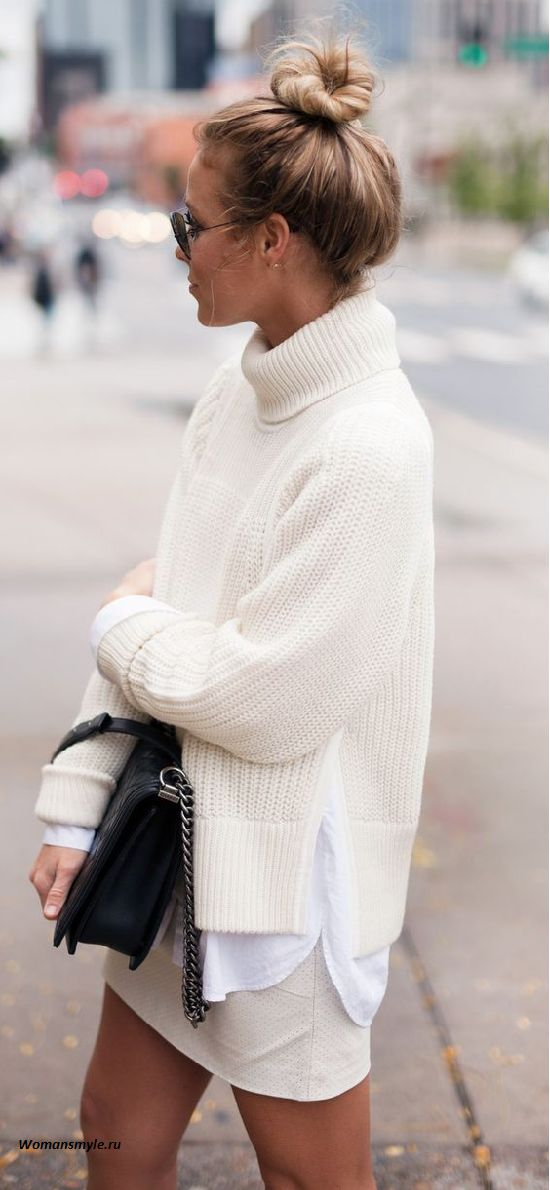 oversized turtleneck sweater outfit