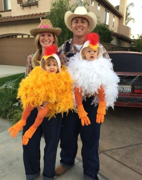 Girls as chickens and mon and dad as farmers