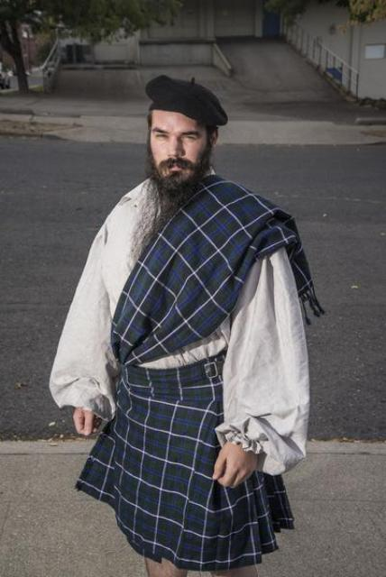 Scotland man costume