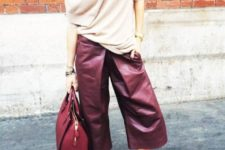 With beige sweater, beige pumps and marsala bag