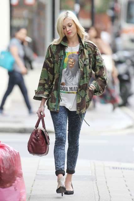With printed shirt, camouflage jacket and heels