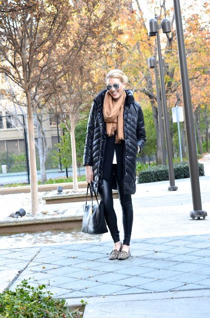 With white shirt, black jacket, leather leggings, leopard flats and black bag