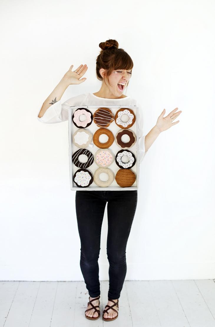 DIY dozen donuts costume (via themerrythought.com)