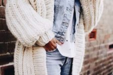 ripped jeans look for fall and winter