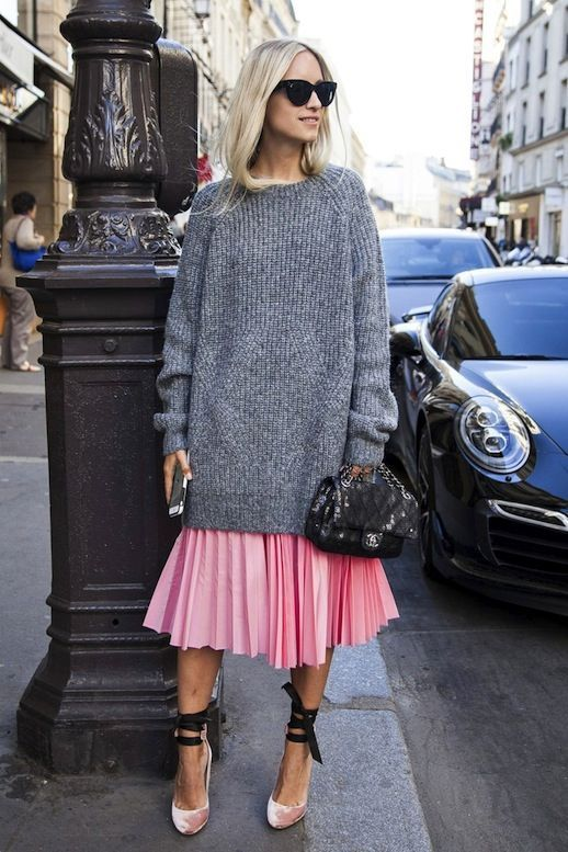 fba49e8611 15 Stylish Ways To Wear A Chunky Knit Sweater - Styleoholic