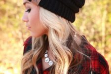06 natural waves look very feminine and chic, any beanie will fit