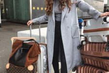 07 black jeans, a grey turtleneck, a grey coat, black boots