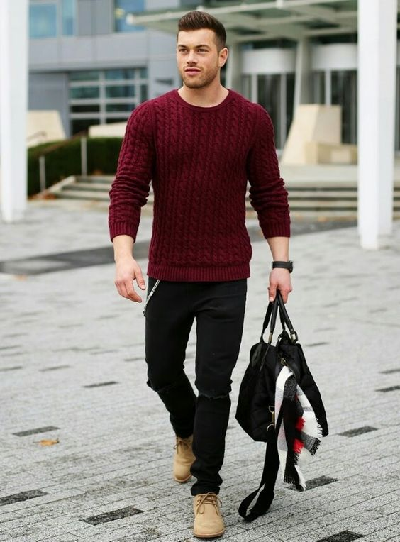 a burgundy cable knit sweater is a great idea for holidays, pair it with black denim and boots of your choice