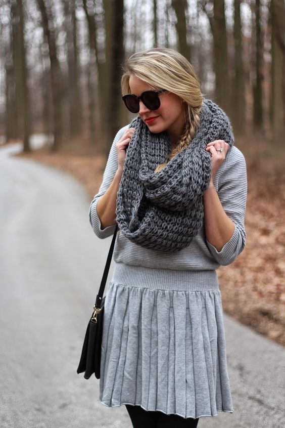 cozy look with pleated midi skirt