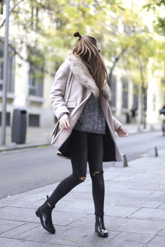 a light pink coat with a grey faux fur stole for a girlish feel