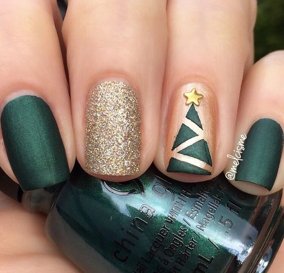38 Ultimate Christmas Manicure Ideas To Try