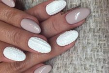 05 nude nails with knit-inspired white nails will remind of a sweater