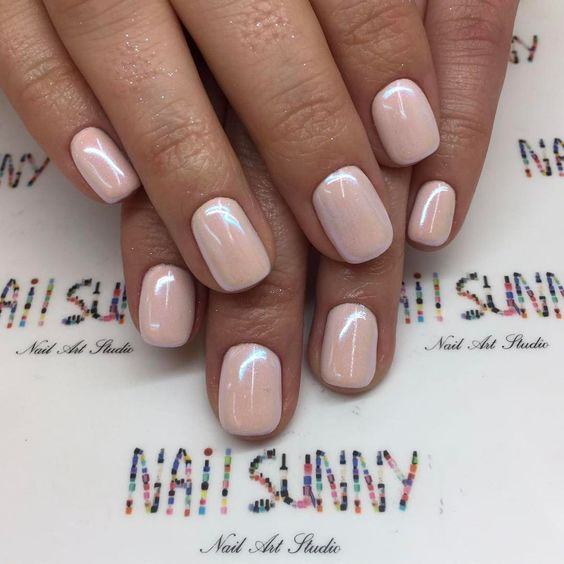 a pearly finish will be a nice idea for any girlish manicure