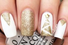 12 white and gold glitter nails with a Christmas tree and geometric details