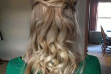 16 a twisted and curly half updo is timeless classics for any holiday party