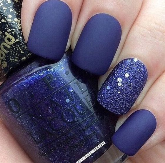 ultra violet matte nails with a glitter accent nail are very bold and chic