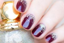28 burgundy nails with gold glitter look chic and stylish