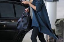 With beige shirt, blue loose jacket, leggings, wide brim hat and navy blue bag