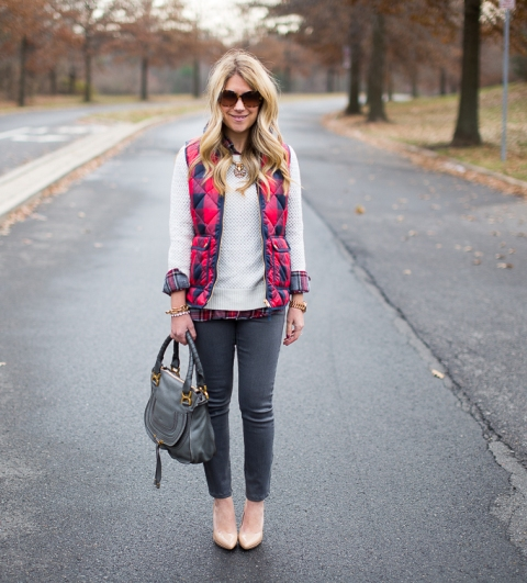 With plaid shirt, white sweater, gray jeans, beige pumps and gray bag